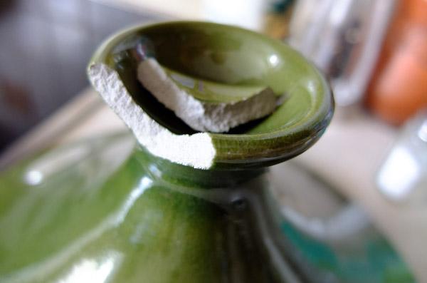 Чим склеювати квітковий горщик і як його прикрасити. Як склеїти кераміку в домашніх умовах чим краще склеїти кераміку і фарфор