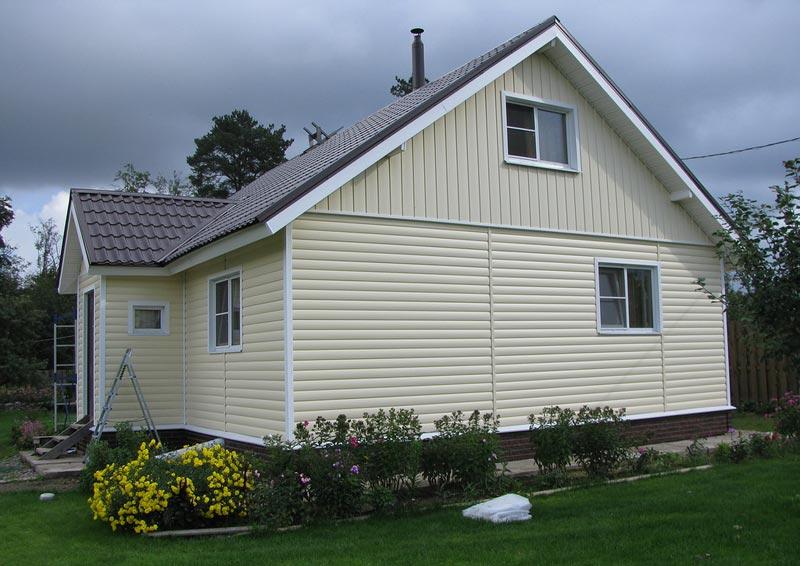 Який колір сайдинга підійде до синього даху. Поєднання кольорів сайдинга і правильний підбір