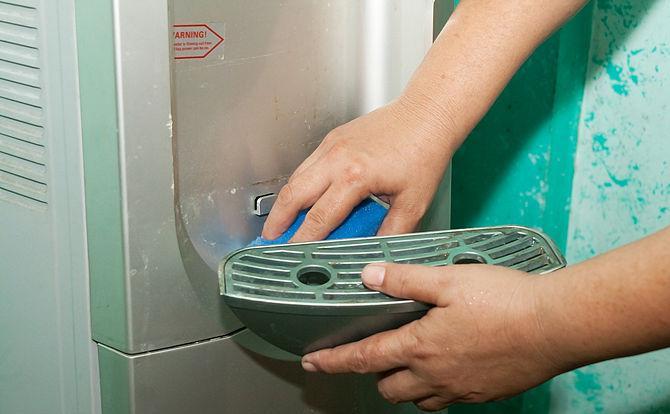 Профілактика кулерів для води. Чистка кулера для води як розібрати кулер для води family