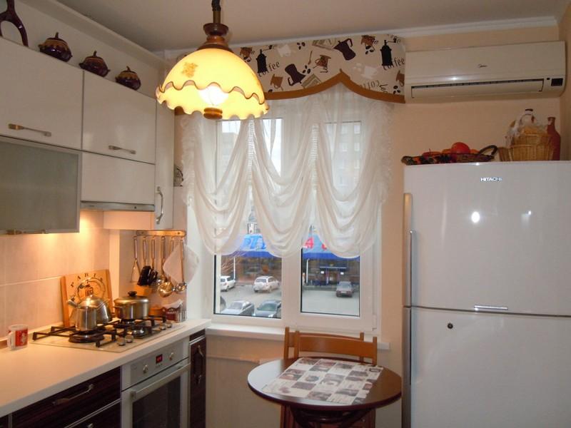Штори на кухню: дизайн красивих фіранок, гардин, фото в інтерєрі. Вибираємо колір штор на кухню