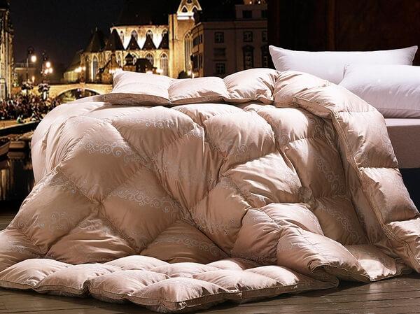 Як випрати ковдру з овечої вовни в пральній машині. Прання ковдри з овечої вовни догляд за ковдрою з овечої вовни