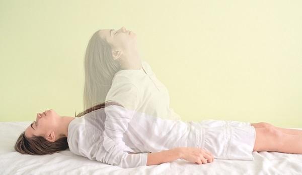 Померла людина-тлумачення сонника. До чого сниться вмираючий за сонником