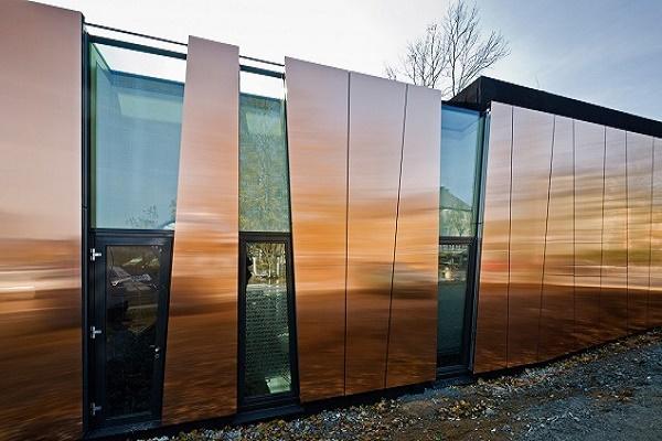 Види фасадних панелей для зовнішньої обробки будинку. Їх переваги та особливості