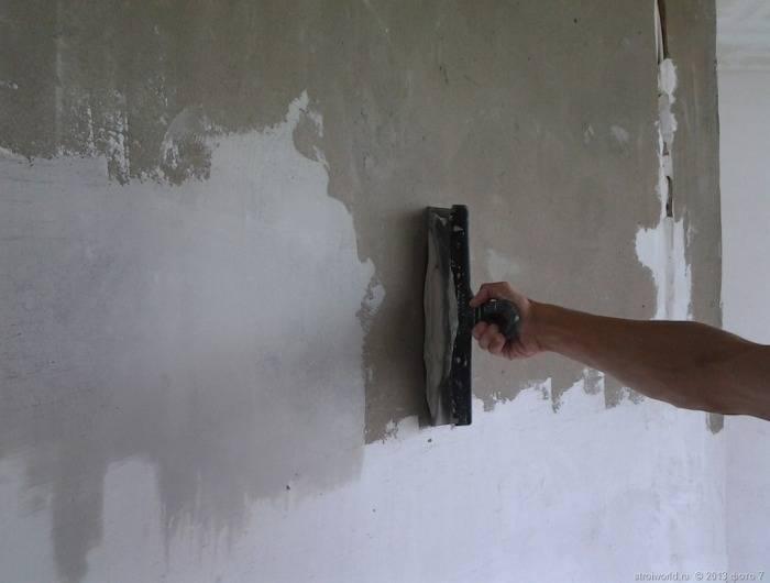 Ремонт шпалер. Відновлюємо порвану поверхню