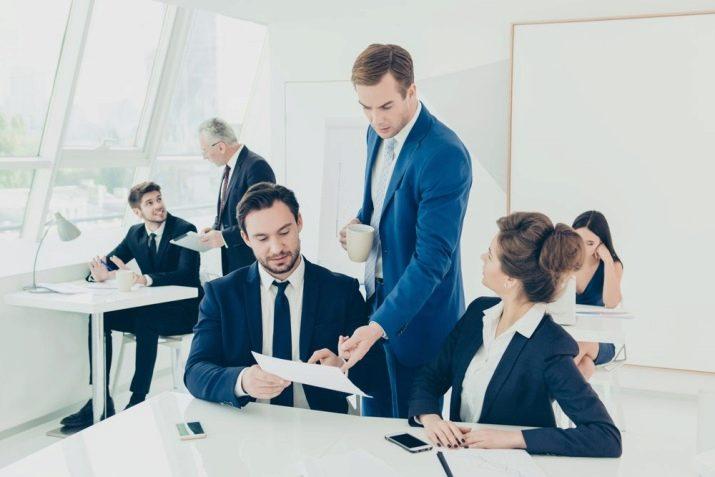 Етика і висока культура ділового спілкування в компанії ведуть до успіху. Ділове спілкування