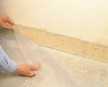 Бетонування деревяної підлоги в приватному будинку. Бетонна стяжка на деревяну підлогу